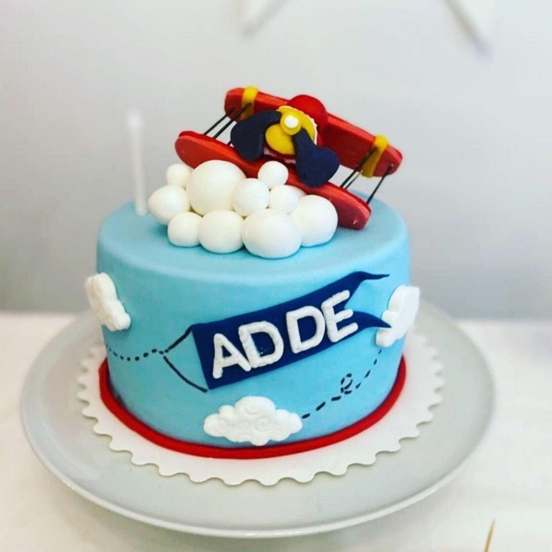 gâteau-personnalise-avion-adde-noushik