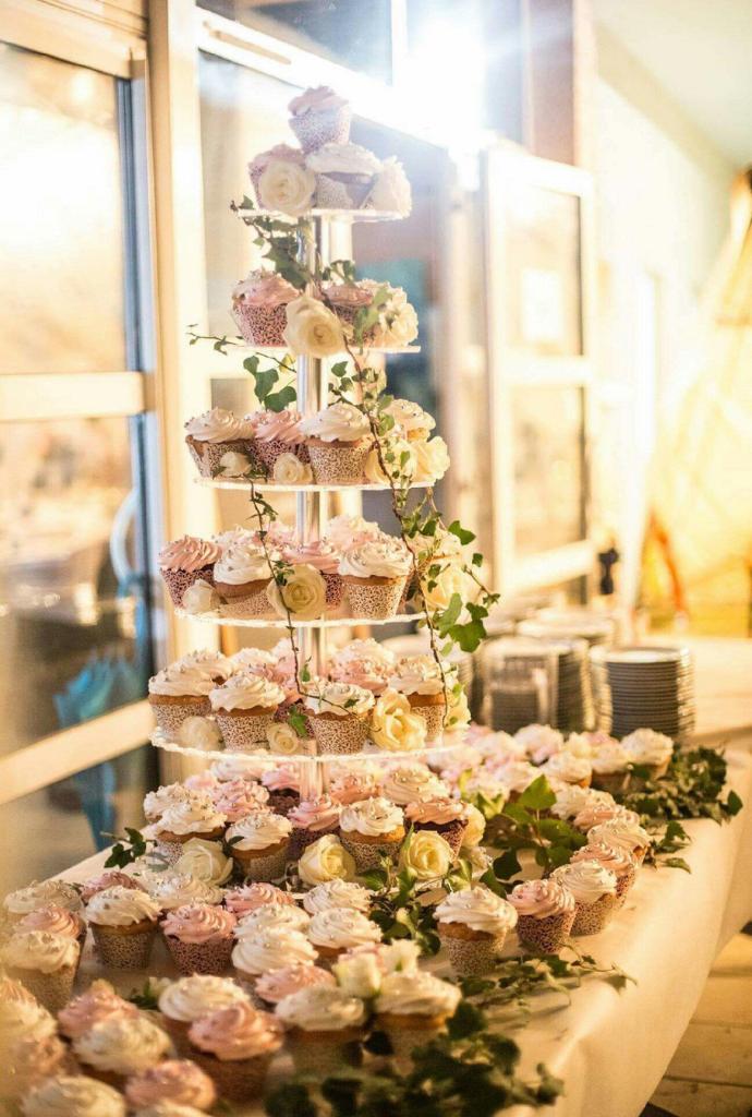 gateau-piece-montee-cupcake
